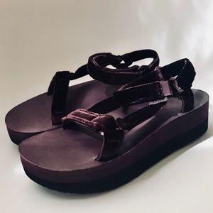 bd93c956fd7 Teva Shoes - Teva